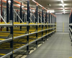 carton live shelving system