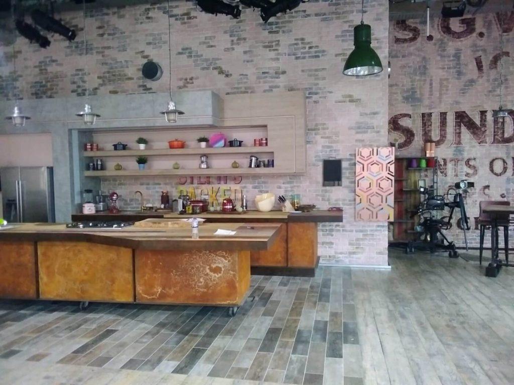 Kitchen area bellow mezzanine