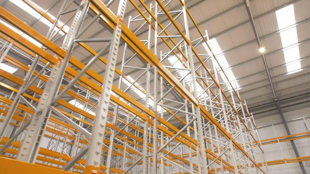 Wide Aisle Pallet Racking Solution for Company Shop Ltd