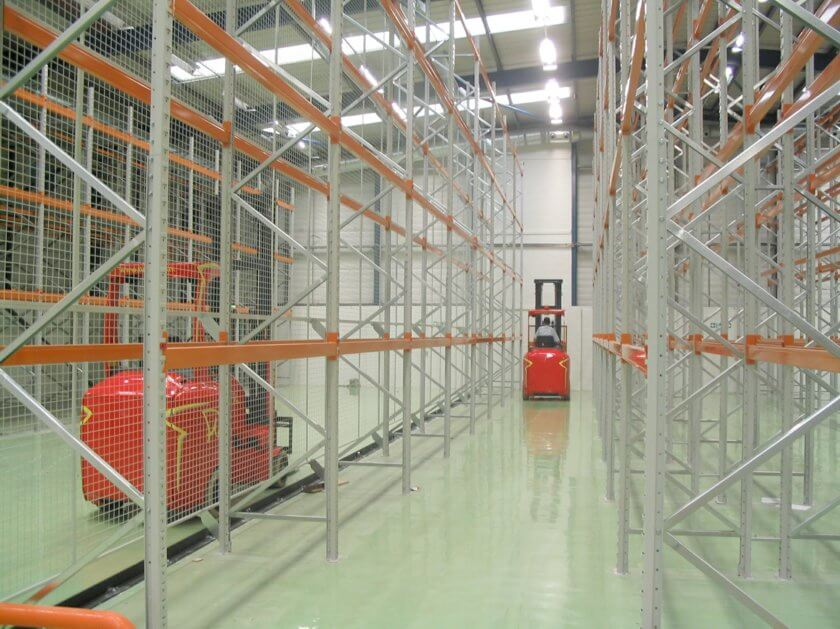 Image of pallet racking and fork lift truck