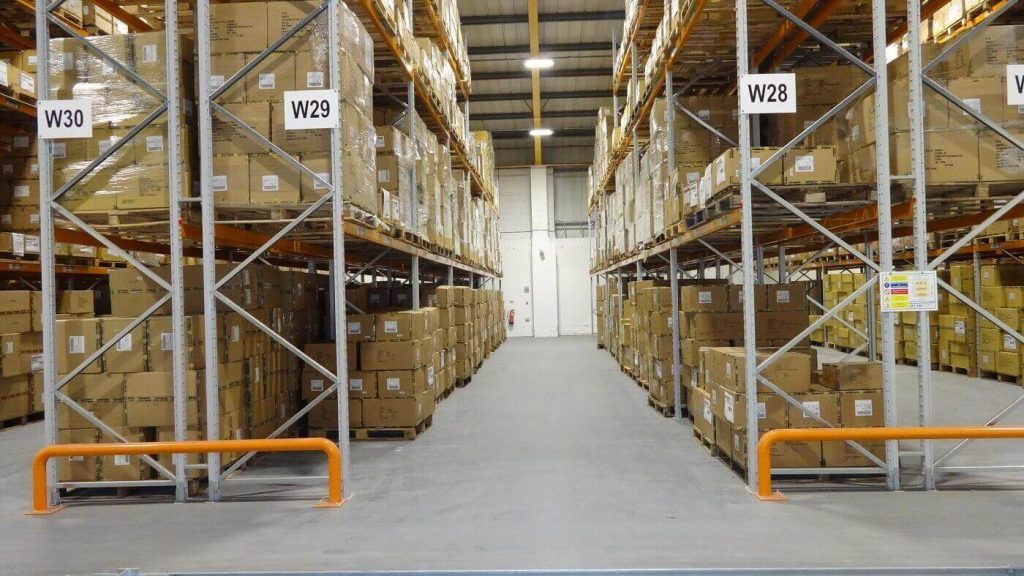 Wide aisle or adjustable pallet racking